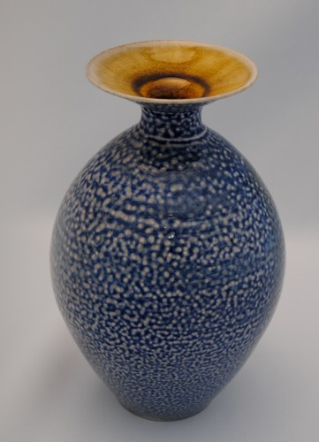 Blue vase salt